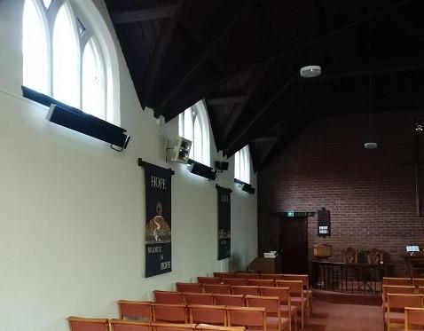 Herschel Summit verwarmt de kerk