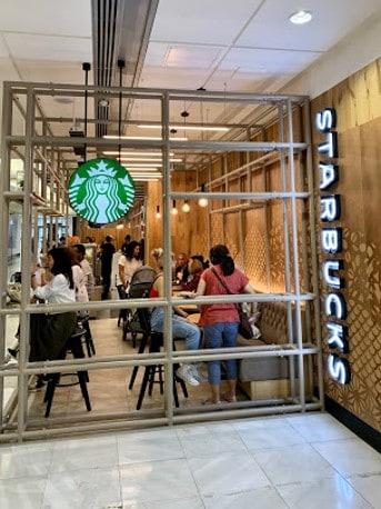 Starbucks verwarmd door café