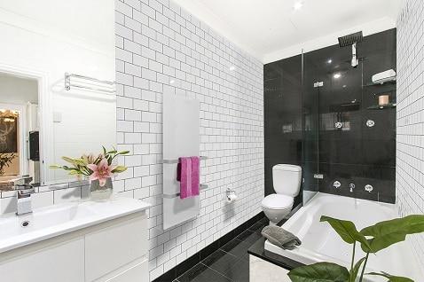 Glazen handdoekverwarmer voor moderne badkamers