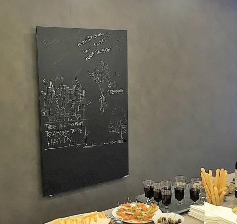 verwarmde schoolborden waarop onze ontwerpers kunnen schetsen