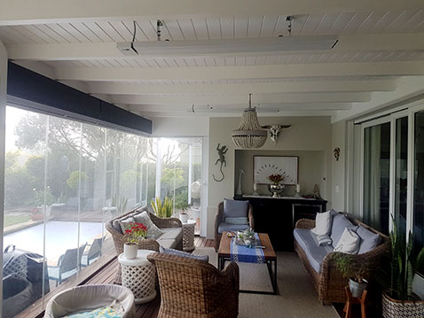 Witte Herschel Summits gebruikt in een tuinkamer in Zuid-Afrika